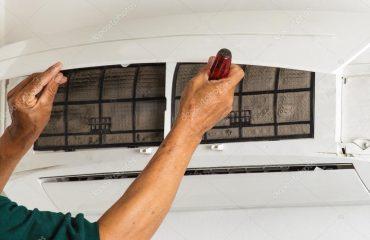 depositphotos_54517887-stock-photo-man-repair-air-conditioner